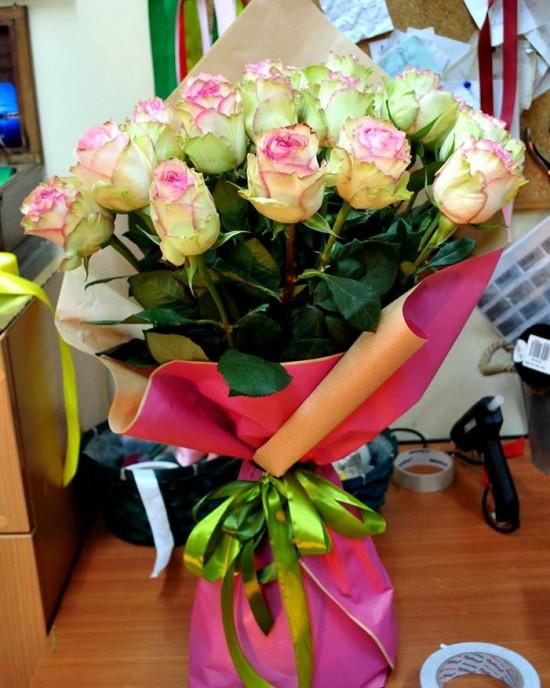 Buchet trandafiri Esperance